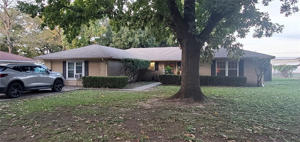 1002 Brentwood  Street, Mexia, Texas 76667 - Acquisto Real Estate best frisco realtor Amy Gasperini 1031 exchange expert