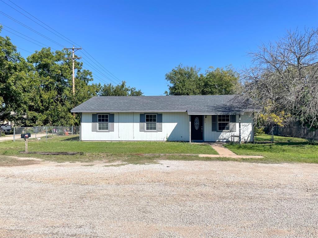 804 5th  Street, Brady, Texas 76825 - Acquisto Real Estate best frisco realtor Amy Gasperini 1031 exchange expert