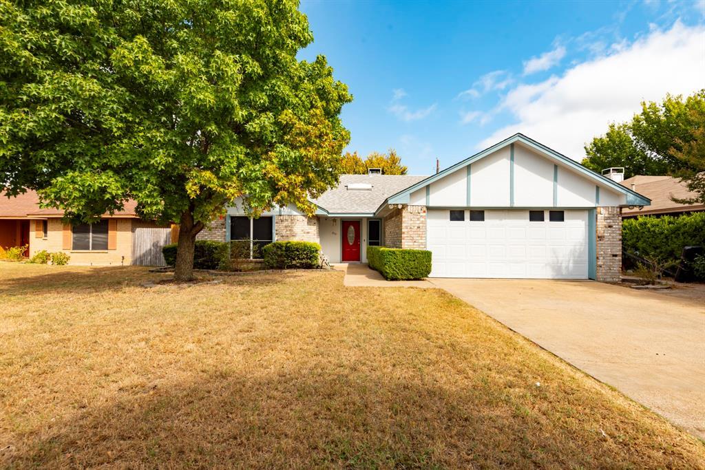 810 Hillside  Drive, Cedar Hill, Texas 75104 - Acquisto Real Estate best frisco realtor Amy Gasperini 1031 exchange expert