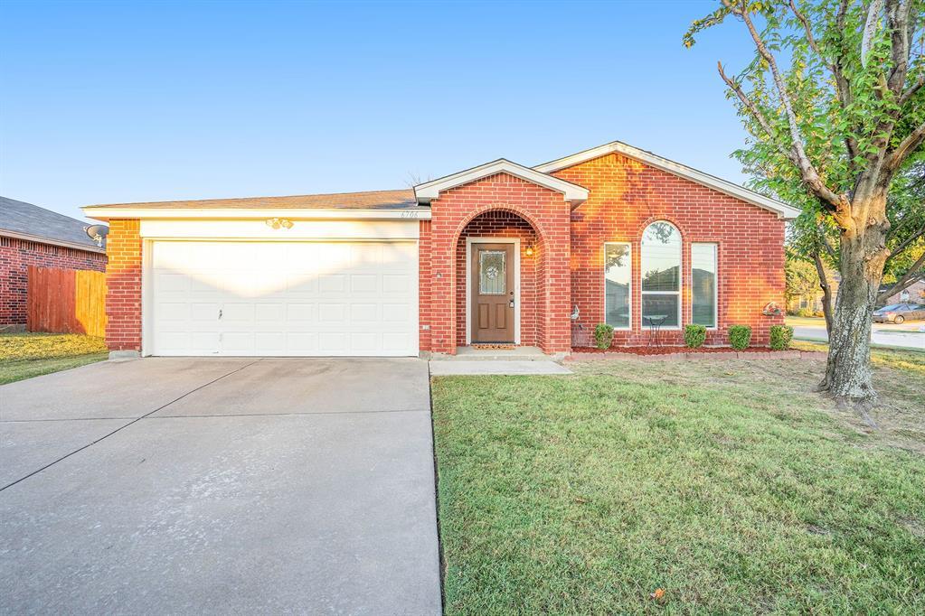 6706 White Tail  Lane, Arlington, Texas 76002 - Acquisto Real Estate best frisco realtor Amy Gasperini 1031 exchange expert