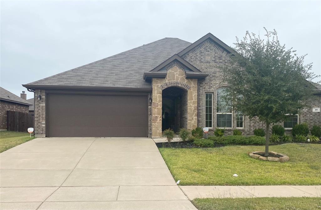 20 Mapleridge  Drive, Edgecliff Village, Texas 76134 - Acquisto Real Estate best frisco realtor Amy Gasperini 1031 exchange expert
