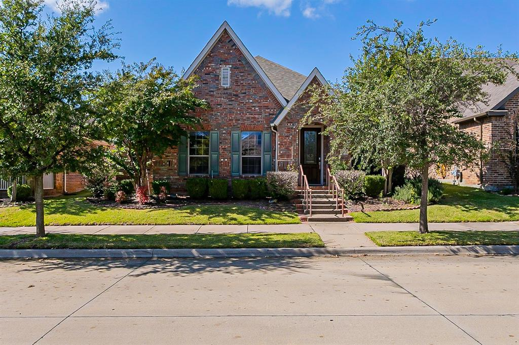 5937 Dripping Springs  Court, North Richland Hills, Texas 76180 - Acquisto Real Estate best frisco realtor Amy Gasperini 1031 exchange expert