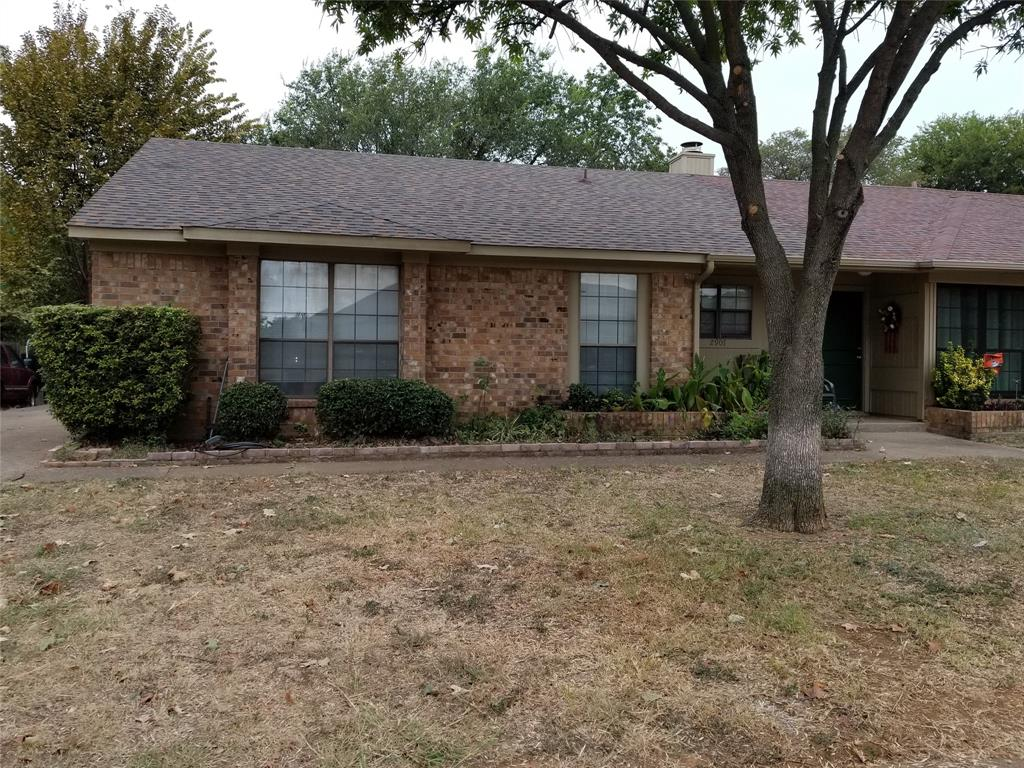2907 Hilltop  Drive, Euless, Texas 76039 - Acquisto Real Estate best frisco realtor Amy Gasperini 1031 exchange expert