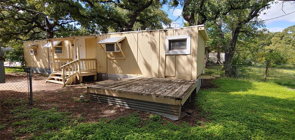 307 Cates  Street, Bridgeport, Texas 76426 - Acquisto Real Estate best frisco realtor Amy Gasperini 1031 exchange expert