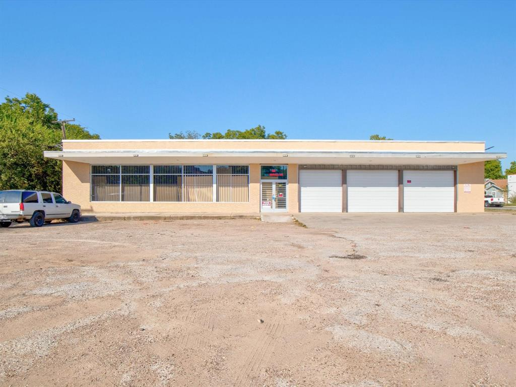 1008 Nashville  Avenue, Fort Worth, Texas 76105 - Acquisto Real Estate best frisco realtor Amy Gasperini 1031 exchange expert