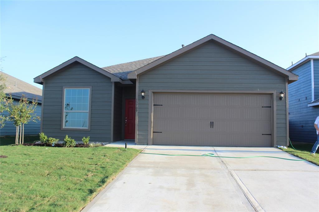 13709 Logan Pass  Drive, Ponder, Texas 76259 - Acquisto Real Estate best frisco realtor Amy Gasperini 1031 exchange expert