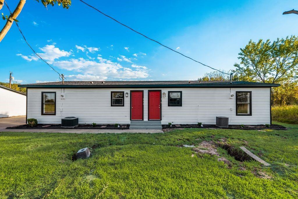 109 Kelly-Unit A  Lane, Seven Points, Texas 75143 - Acquisto Real Estate best frisco realtor Amy Gasperini 1031 exchange expert