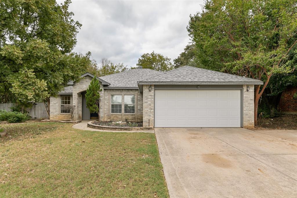 3203 Cliff Oaks  Drive, Corinth, Texas 76210 - Acquisto Real Estate best frisco realtor Amy Gasperini 1031 exchange expert
