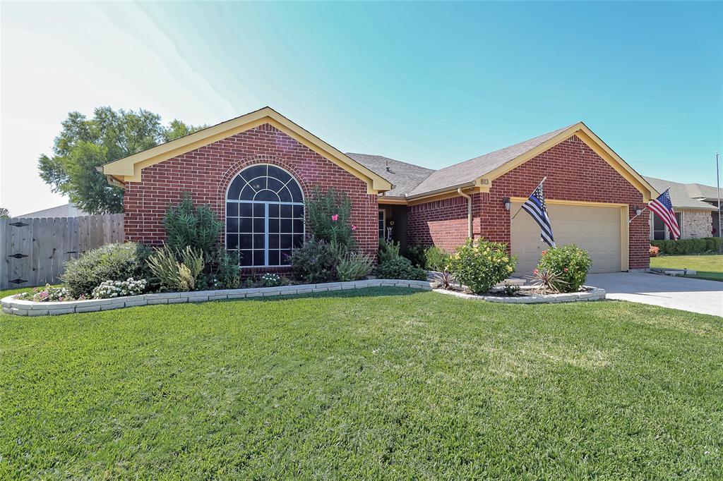 813 Amber  Drive, Saginaw, Texas 76179 - Acquisto Real Estate best frisco realtor Amy Gasperini 1031 exchange expert