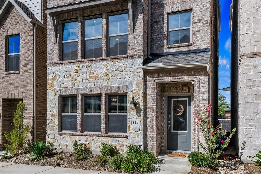 114 Peach Orchard  Lane, Euless, Texas 76040 - Acquisto Real Estate best frisco realtor Amy Gasperini 1031 exchange expert