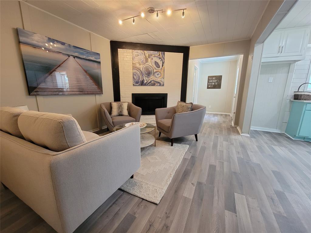 718 Lindo  Drive, Mesquite, Texas 75149 - Acquisto Real Estate best frisco realtor Amy Gasperini 1031 exchange expert