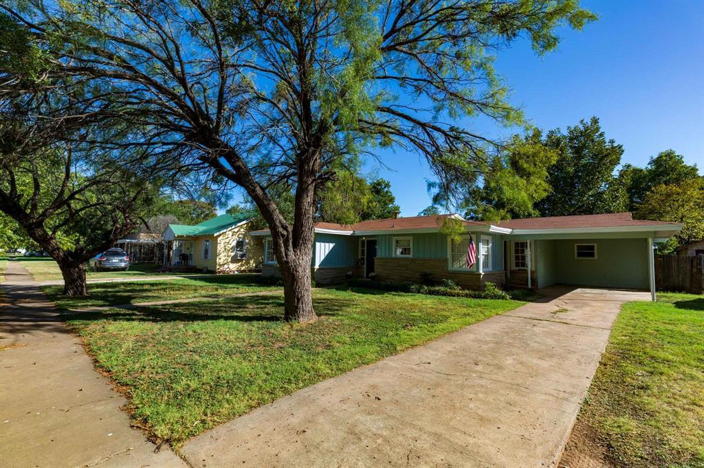 1204 Wells  Street, Stamford, Texas 79553 - Acquisto Real Estate best frisco realtor Amy Gasperini 1031 exchange expert