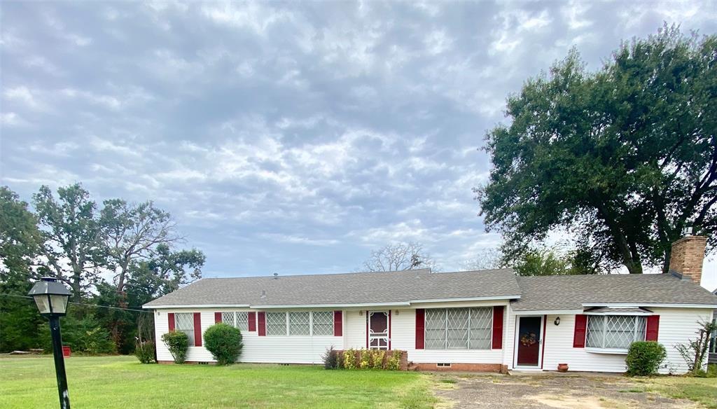 101 Mary Grace  Street, Mount Vernon, Texas 75457 - Acquisto Real Estate best frisco realtor Amy Gasperini 1031 exchange expert
