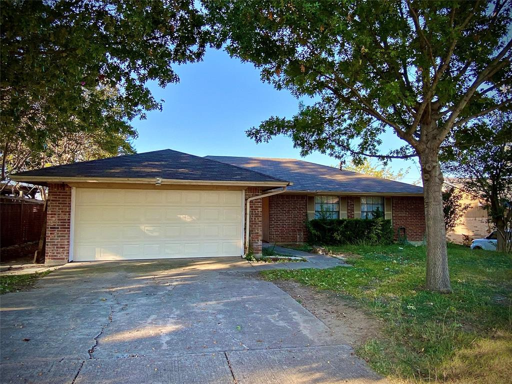 3108 Southpark  Lane, Fort Worth, Texas 76133 - Acquisto Real Estate best frisco realtor Amy Gasperini 1031 exchange expert