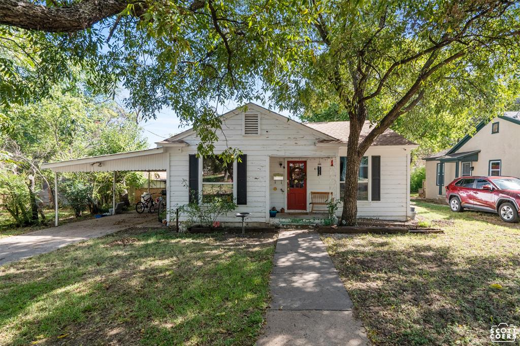 405 6th  Street, Cisco, Texas 76437 - Acquisto Real Estate best frisco realtor Amy Gasperini 1031 exchange expert