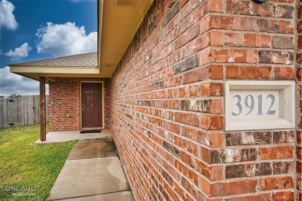 3912 Carrera  Lane, Abilene, Texas 79602 - Acquisto Real Estate best frisco realtor Amy Gasperini 1031 exchange expert