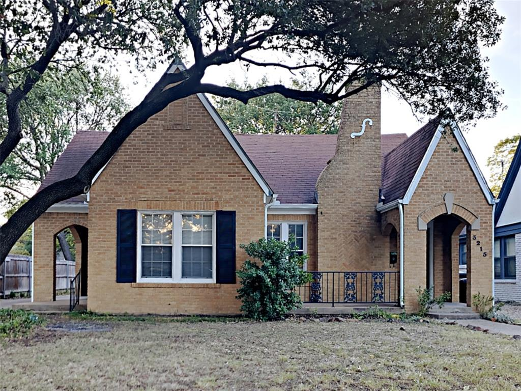 3215 Cockrell  Avenue, Fort Worth, Texas 76109 - Acquisto Real Estate best frisco realtor Amy Gasperini 1031 exchange expert