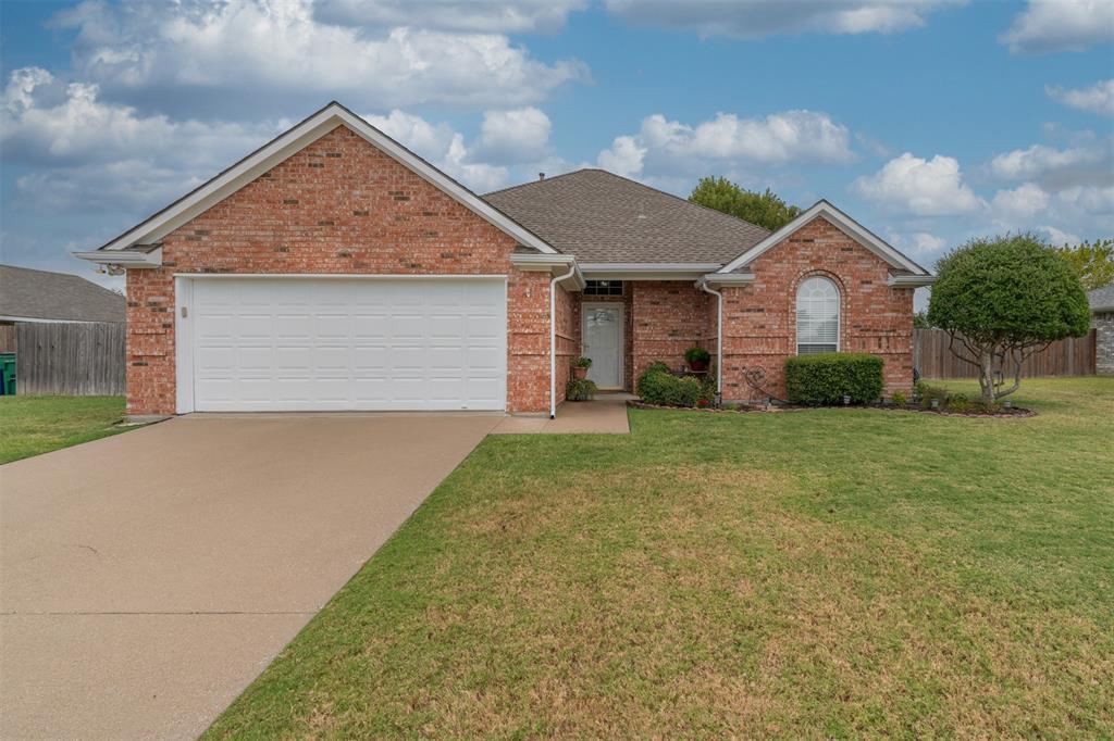 2002 Bordeaux  Lane, Greenville, Texas 75402 - Acquisto Real Estate best frisco realtor Amy Gasperini 1031 exchange expert