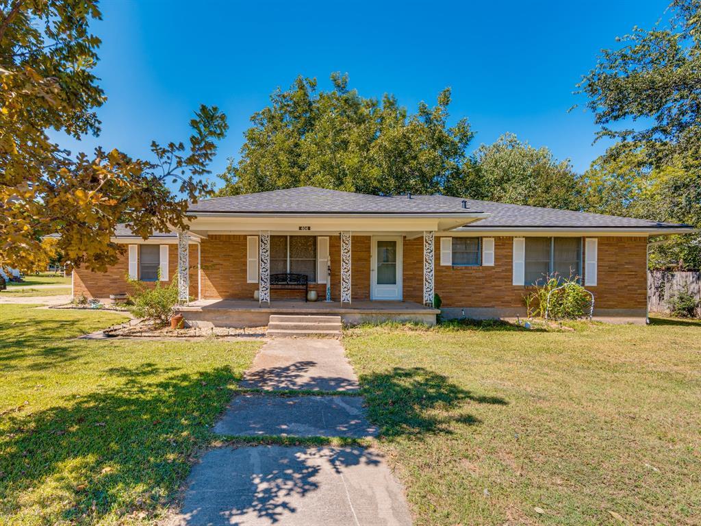 404 Main  Milford, Texas 76670 - Acquisto Real Estate best frisco realtor Amy Gasperini 1031 exchange expert
