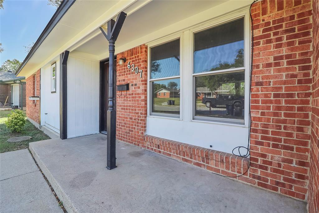 6307 Johns  Way, Fort Worth, Texas 76135 - Acquisto Real Estate best frisco realtor Amy Gasperini 1031 exchange expert