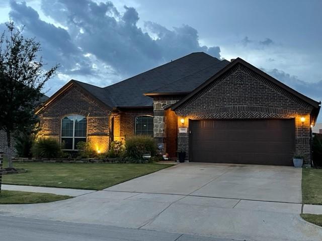 1112 Little John  Drive, Saginaw, Texas 76179 - Acquisto Real Estate best frisco realtor Amy Gasperini 1031 exchange expert