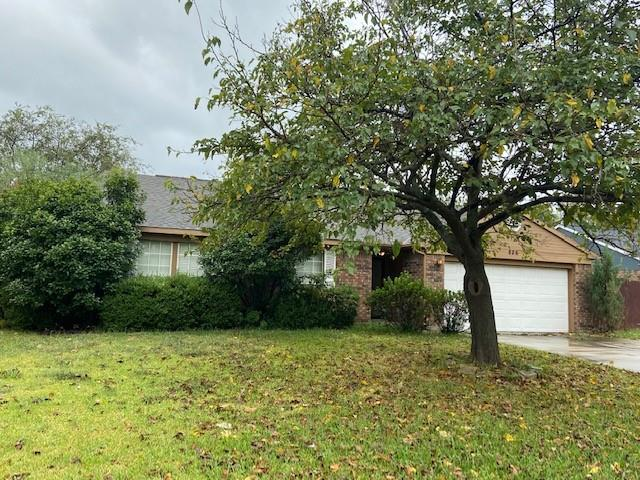 826 Heather Wood  Drive, Grapevine, Texas 76051 - Acquisto Real Estate best frisco realtor Amy Gasperini 1031 exchange expert